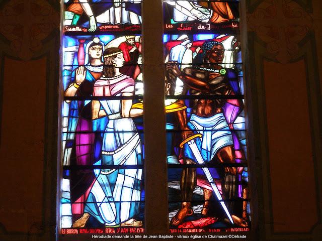 Hérodiade demande la tête de Jean Baptiste - vitraux église de Chalmazel ©Défrade kt42