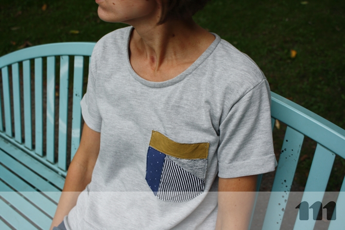patchwork pocket grey t-shirt