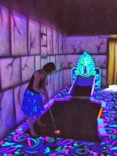 Emily Gottfried putting at the King Putt indoor Mini Golf in Henderson Las Vegas