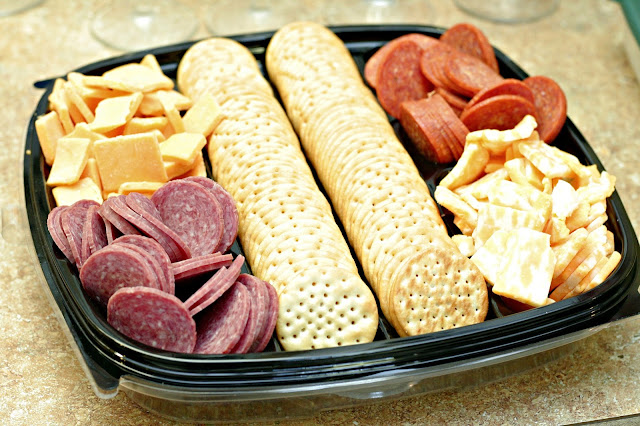 Thanksgiving roller skating colorado, HORMEL GATHERINGS, party tray, easy appetizer, non traditional thanksgiving celebrations