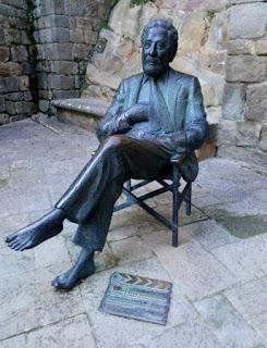 Estatua a Berlanga en Sos del Rey Católico.