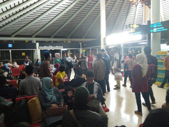 Lion Air Tujuan Padang Gagal Berangkat, Kembali ke Parkiran setelah Coba Take Off