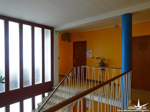 """Royan - Hotel / Villa """"Le Trident Thyrsé""""  Architecte: Henri Zimmer  Construction: 1954"""