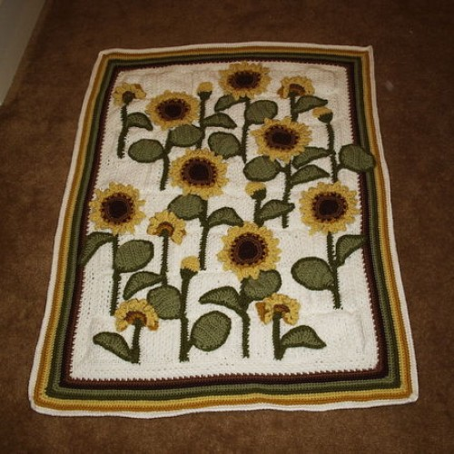 Sunflowers Lap Warmer - Free Pattern