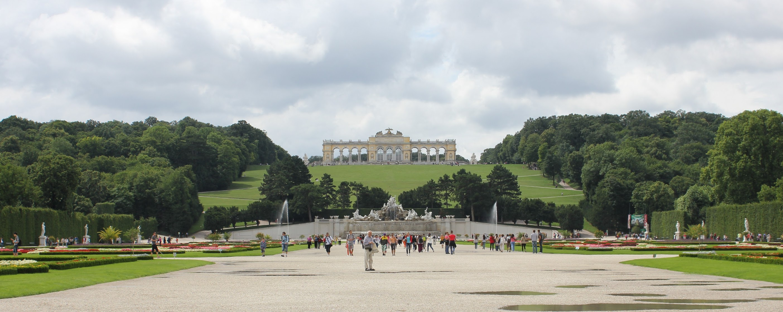 park zámku Schönbrunn ve Vídni