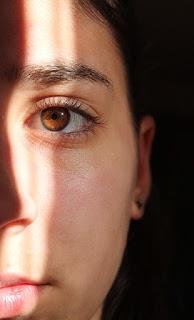23 Cara Menghilangkan Jerawat Kecil Kecil Secara alami Dengan Cepat