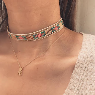collier fantaisie ananas