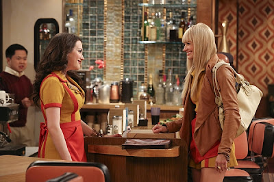 2 Broke Girls S02E24. And the Window of Opportunity