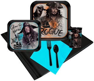 Pirates of the Caribbean 16 Guest Party Pack Plus Molded Cups