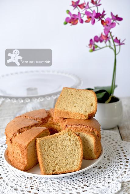 ultra soft gula melaka chiffon cake