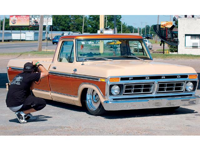 world of cars old ford trucks. Black Bedroom Furniture Sets. Home Design Ideas