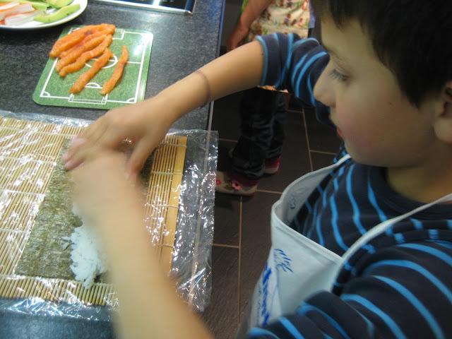 Partyvorbereitungen und ein kleines Sushi-Fest für Kinder