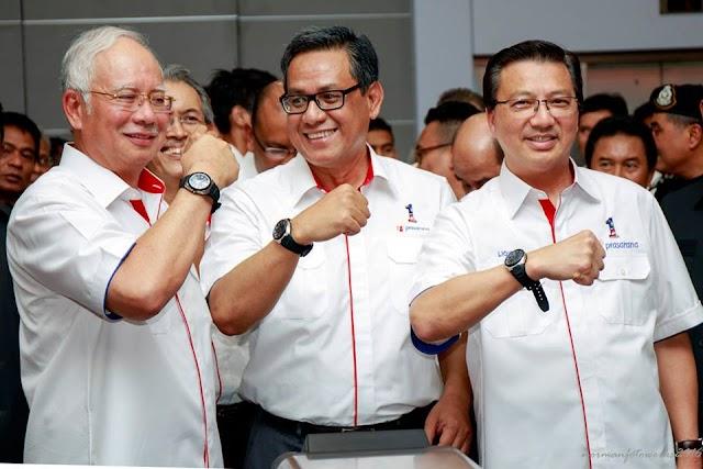 "Najib Dengan ""Time Traveller Watch""  #SPAD #LRT #Prasarana #RapidKL #MCA"