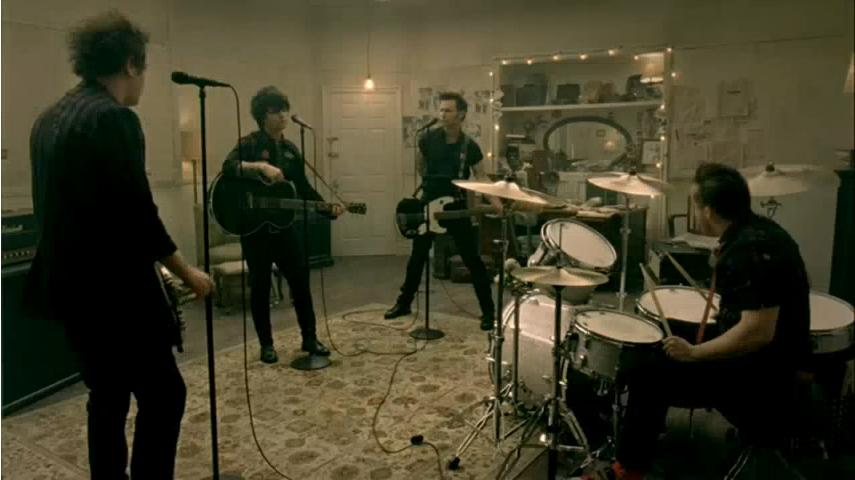 Green Day - 21 Guns Lyrics Video