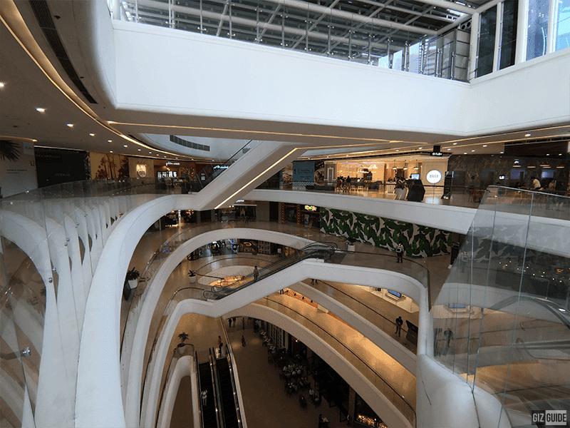 Huawei Nova 4 ultra wide indoors