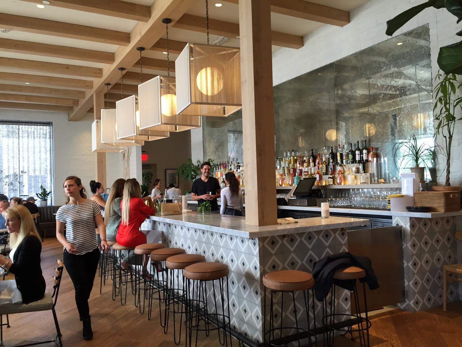 gratitude café in newport beach ~ occinteriordesign