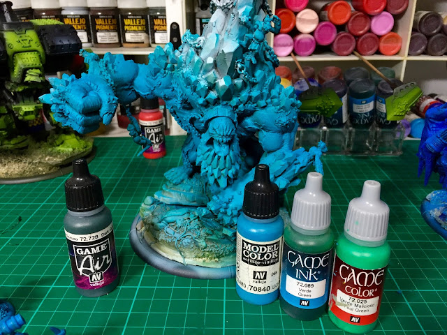 Painting Base Colors in Batches Photo