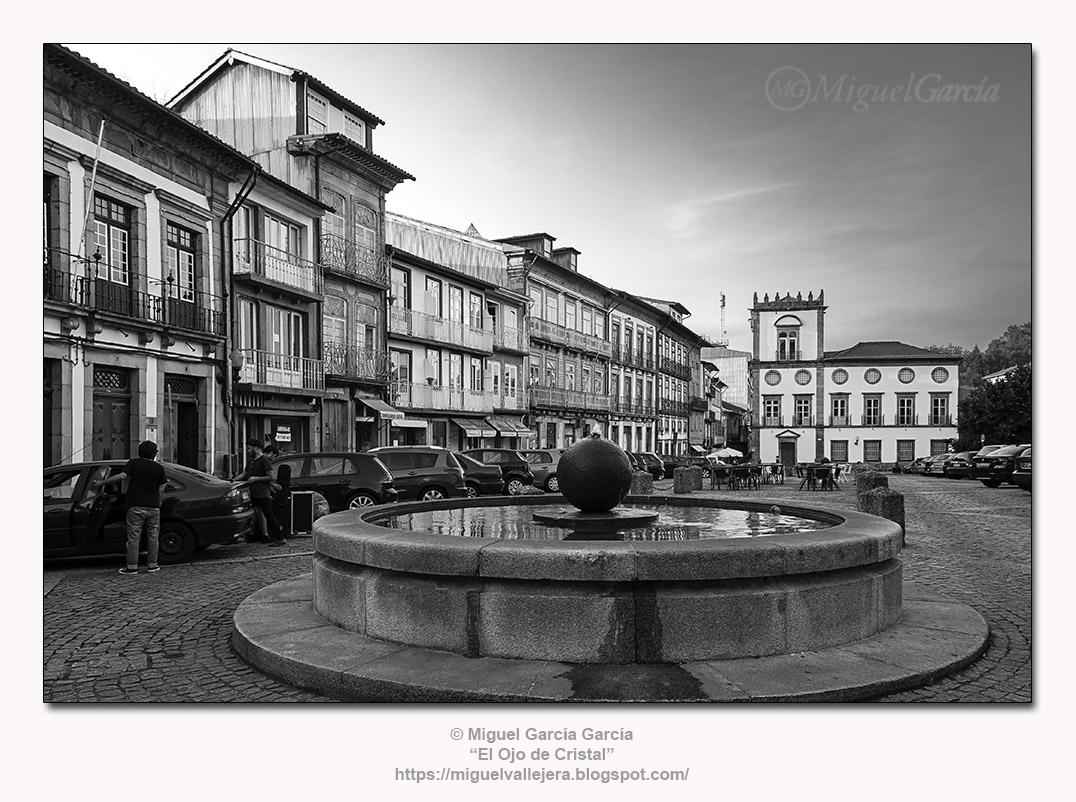Largo da Misericórdia, Guimarães (Portugal).