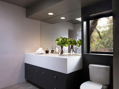 แบบห้องน้ำที่มีหน้าต่าง