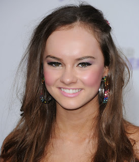 Madeline Carroll photo