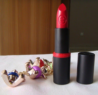 Son Essence Longlasting Lipstick 02