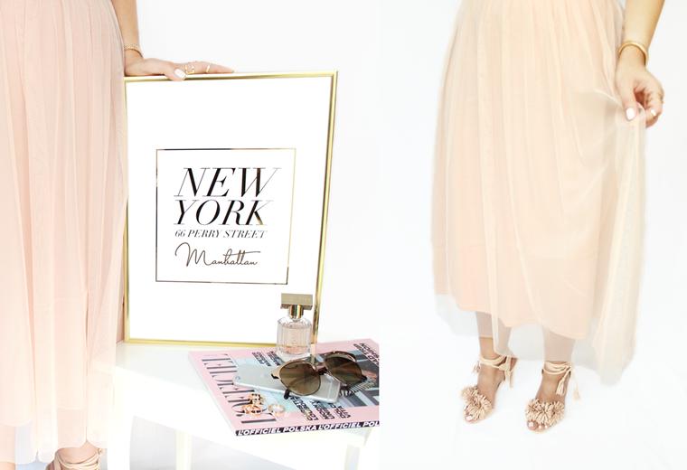 Nowości w mojej garderobie i nie tylko Tiulowa spódnica w pudrowym kolorze H&M + sandałki z frędzlami Renee
