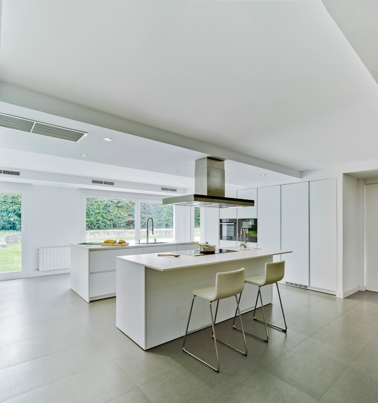 Cocina y comedor en un espacio único - Docrys & DC - Tecno Haus