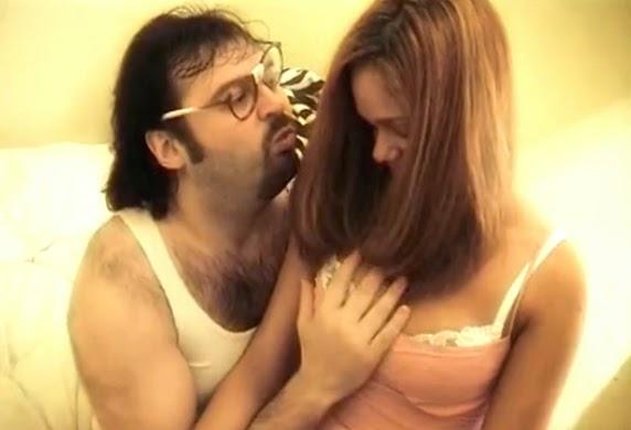 Padre guarro follando con su hija