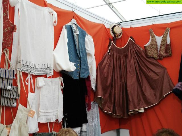 Artesanía pone en marcha talleres de trajes tradicionales, cestería de mimbre y canales de promoción y venta en el sector