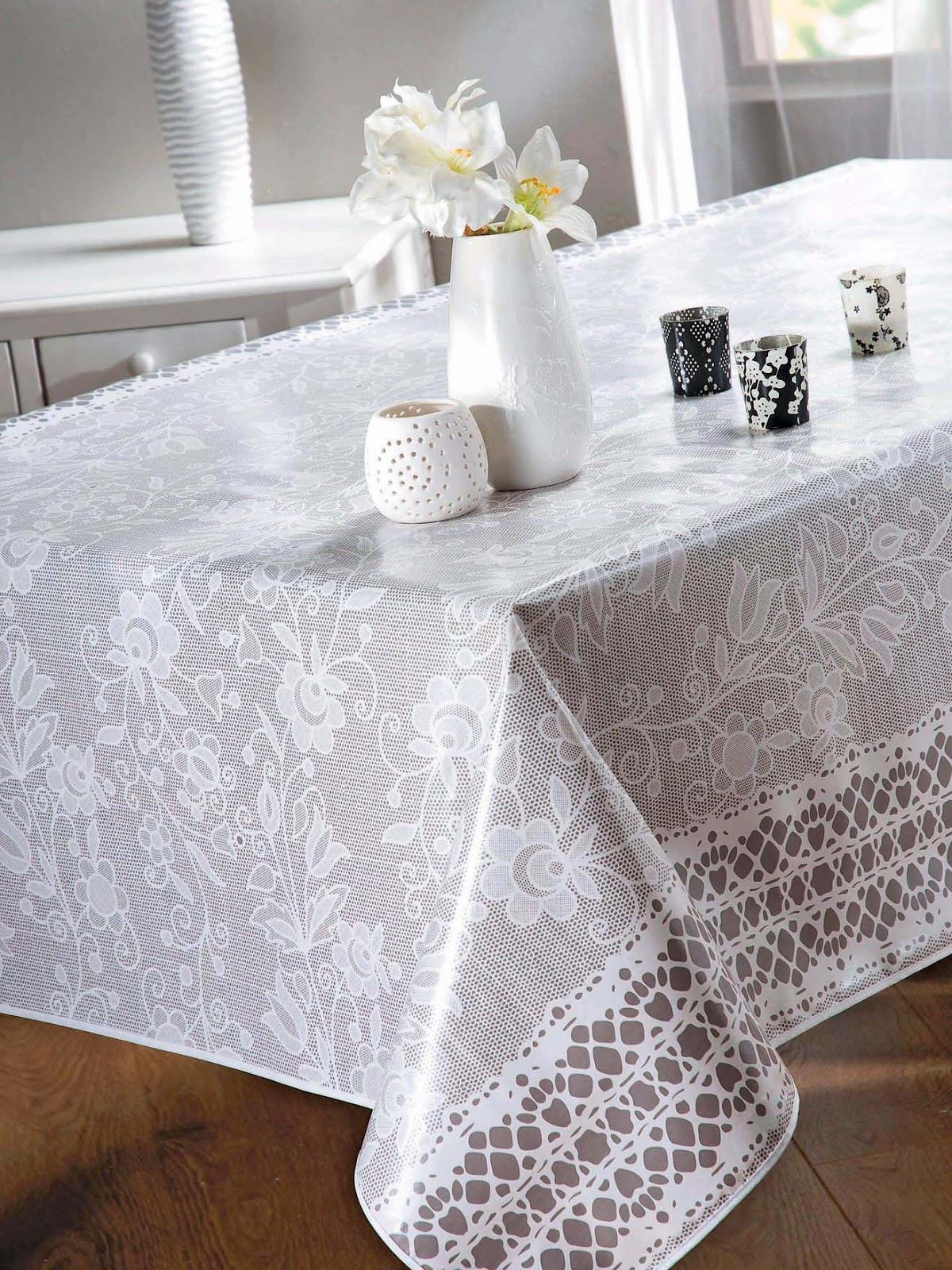 bonnes affaires d co profitez d un linge de table pas cher pour la f te de fin d ann e. Black Bedroom Furniture Sets. Home Design Ideas