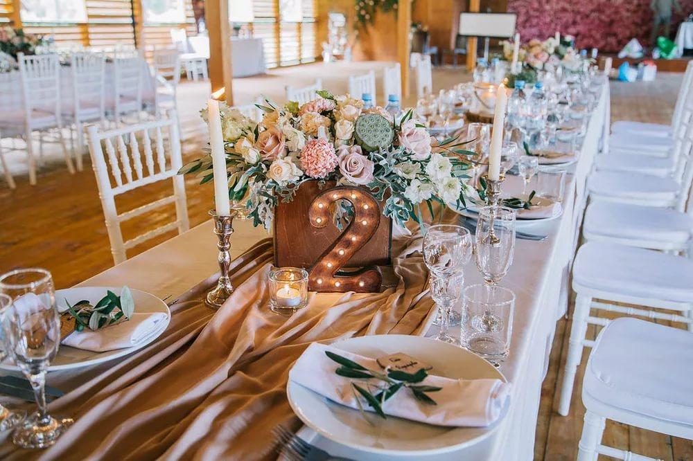 Centrotavola Matrimonio Country Chic : Allestimenti floreali per matrimoni country chic e ecologici firmati