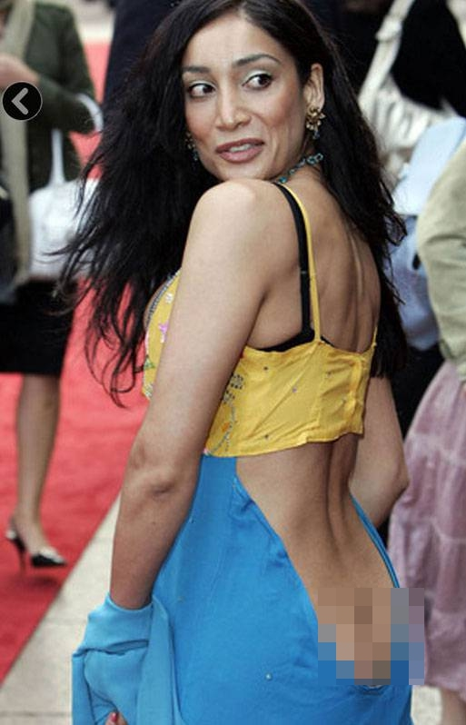 10 Worst Bollywood Wardrobe Malfunctions. - Bollywood America