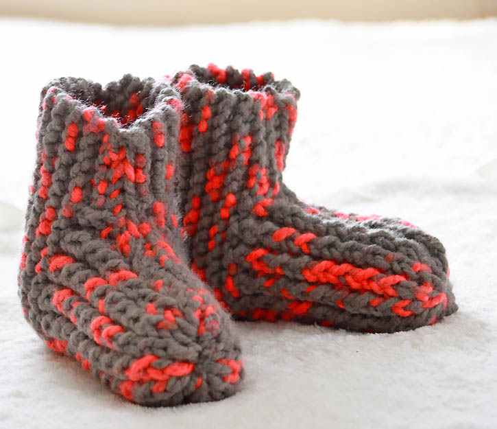 Snow Day Slippers knitting pattern - Gina Michele