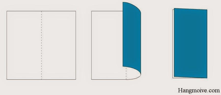 Bước 1: Gấp đôi tờ giấy lại (từ phải sang trái) sau đó mở ra. Mục đích để tạo thành nếp gấp.