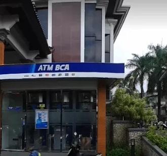 Daftar Kantor Cabang Bca Yang Buka Sabtu Minggu Weekend Banking Di Indonesia Ehcrodeh