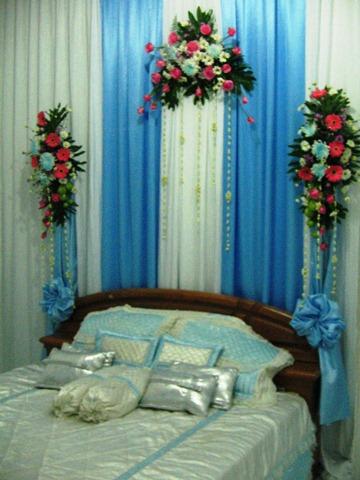 Desain Pernikahan Dekorasi Pelaminan Warna Biru
