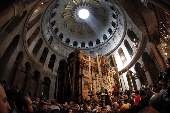 Jesus tomb Stone slab uncovered first time in Christ centuries