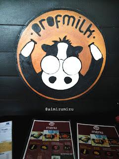 Minuman susu berbagai rasa
