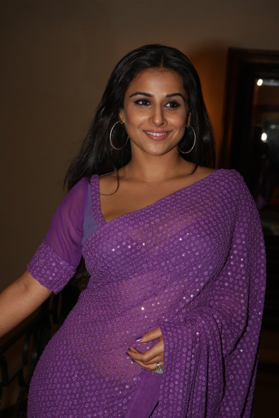 High Quality Bollywood Celebrity Pictures Vidya Balan -3171