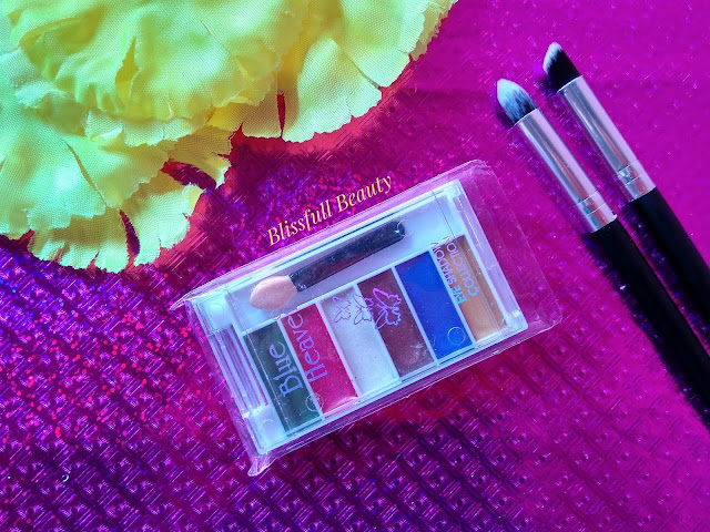 Blue Heaven Cream Eyeshadow palate Review