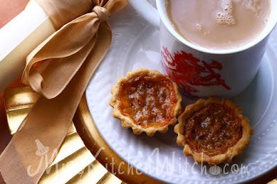Amortentia Treacle Tarts - 13 Vegan Harry Potter Recipes RoundUp
