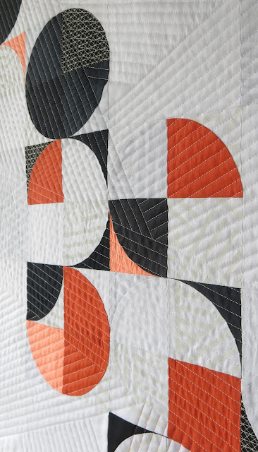 Luna Lovequilts - Orange Pop - Quilting detail