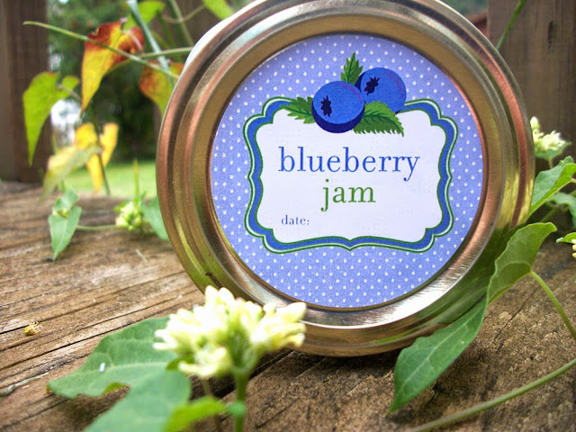 blueberry jam label