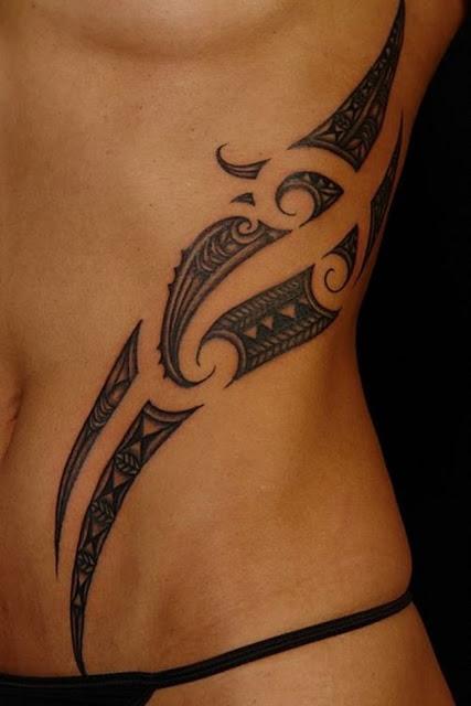 tatuajes de tribales con en la cintura