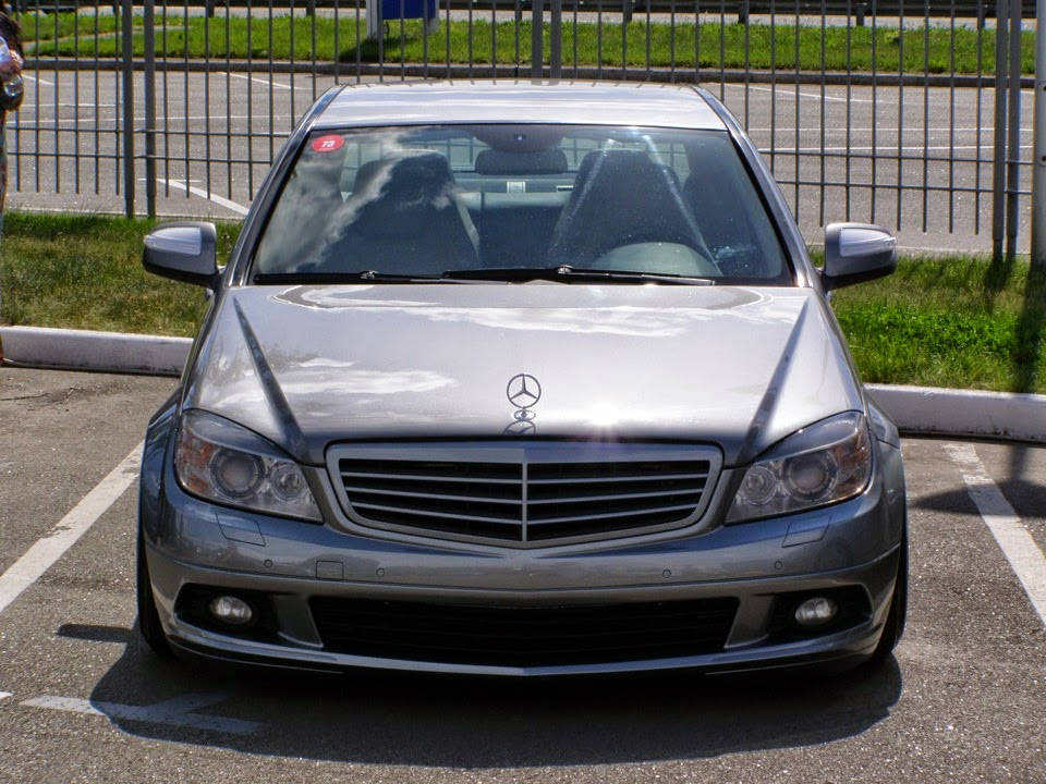 mercedes benz c180 w204 stance on oz mae wheels benztuning. Black Bedroom Furniture Sets. Home Design Ideas