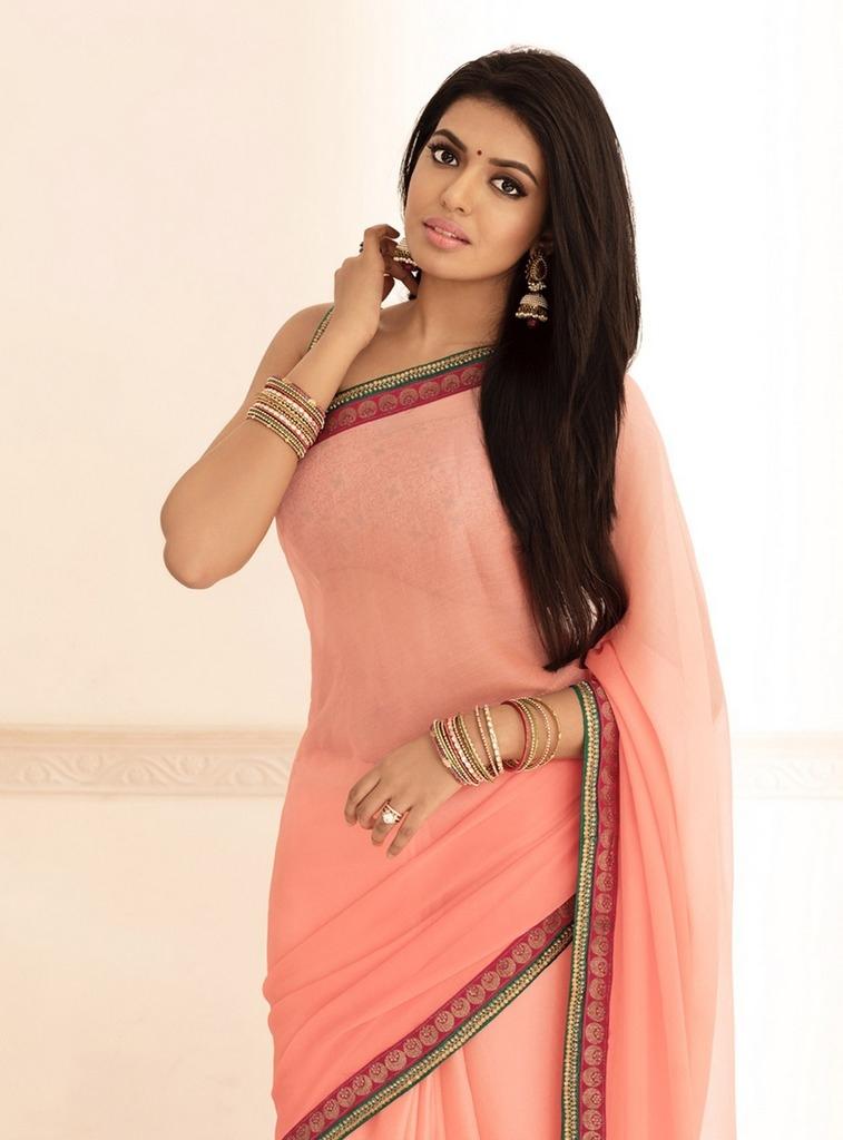 Shivani Rajasekhar In Saree Photo Stills