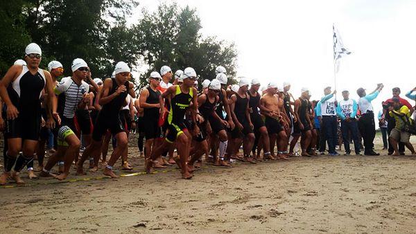 Diikuti Pelajar, Pariaman Internasional Triathlon 2017 Dikemas Lebih Menarik