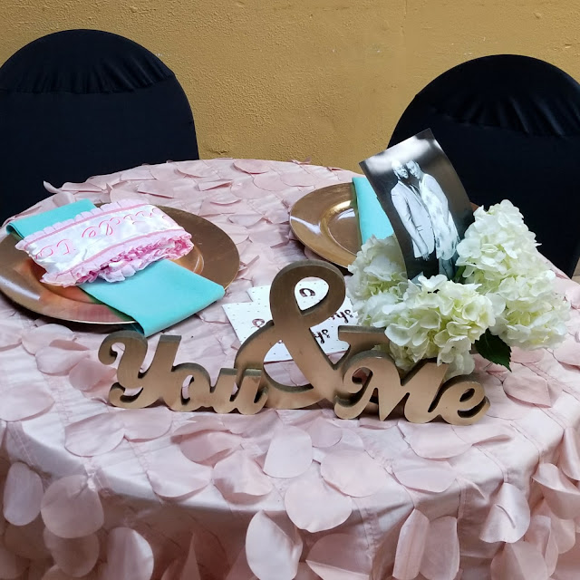 Bridal Shower Sweetheart Table.