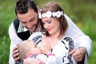 Amamentar é muito mais do que nutrir a criança. É um processo que envolve interação profunda entre mãe e filho, com repercussões no estado nutricional da criança, em sua habilidade de se defender de infecções, em sua fisiologia e no seu desenvolvimento cognitivo e emocional, além de ter implicações na saúde física e psíquica da mãe.