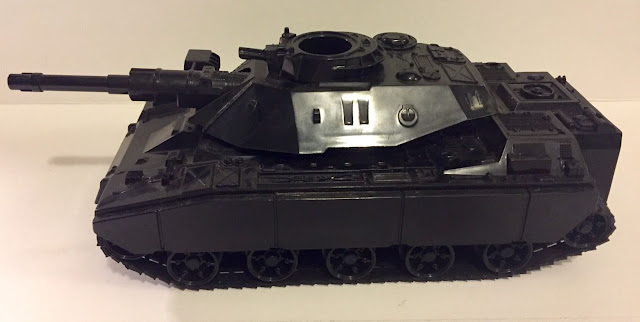 Canadian Consumer Distributing Cobra Combat Tank